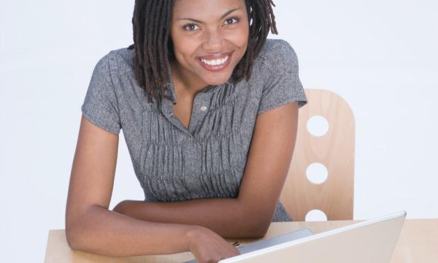 black-woman-smile-computer