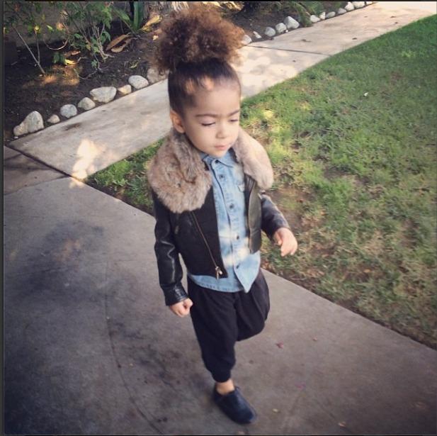Morning Walks With #AlaiaRose, @monicarosestyle's daughter