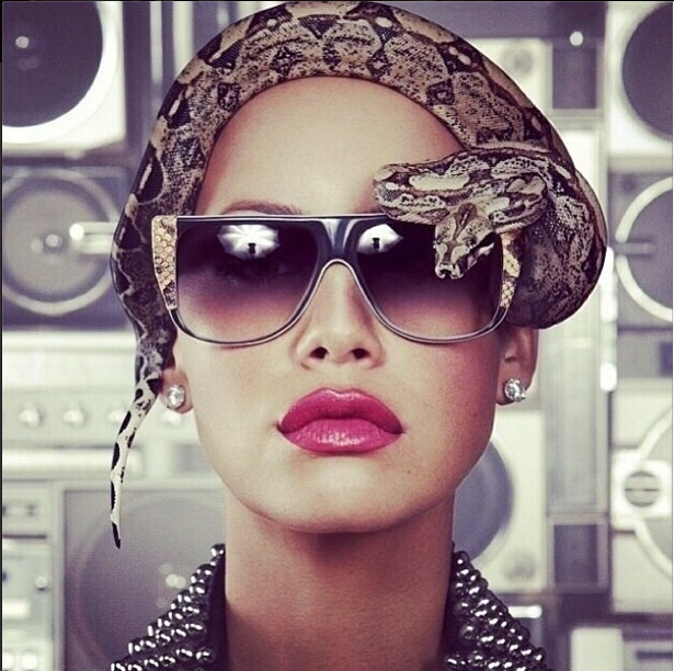Muva Is Ridiculously Fly!