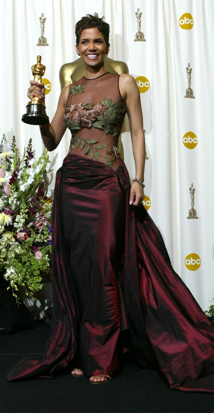 Halle Berry in Elie Saab at the Oscars in 2002
