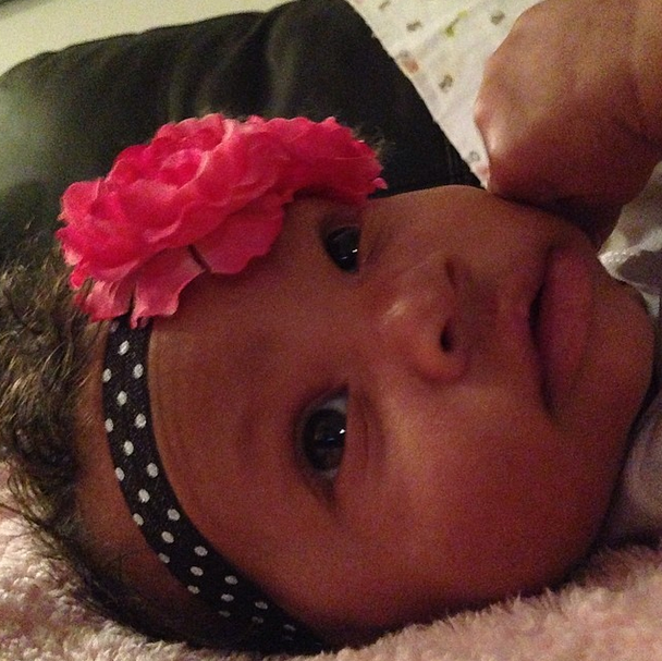 Looking Chic In A Floral Headband