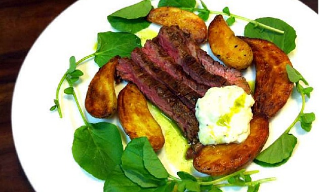 Grilled Skirt Steak With Horseradish Sauce