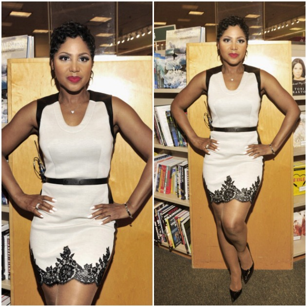 toni braxton Signs Copies Of Her Book Unbreak My Heart-1