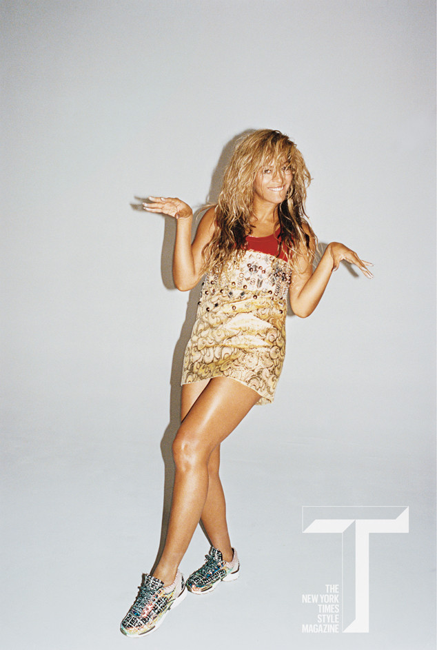 rs_634x943-140603112927-634-2the-new-york-times-beyonce-cover-sub