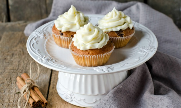 Cheesecake Pumpkin Muffins