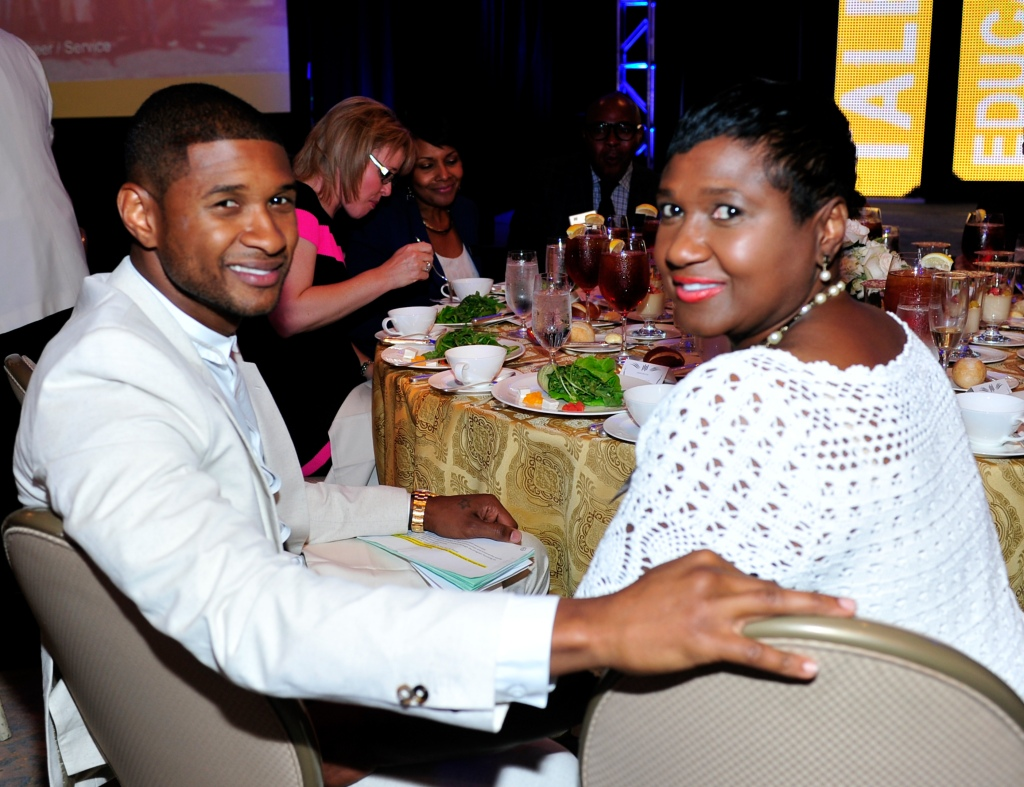 Usher & Usher's New Look Celebrates 15th Anniversary At The President's Circle Awards Luncheon