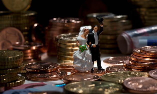 money-newlyweds