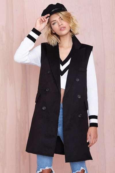 Sleeveless Black Coat