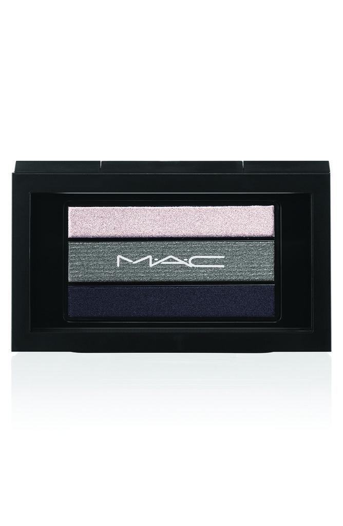 MAC The Smoky Black Friday palette