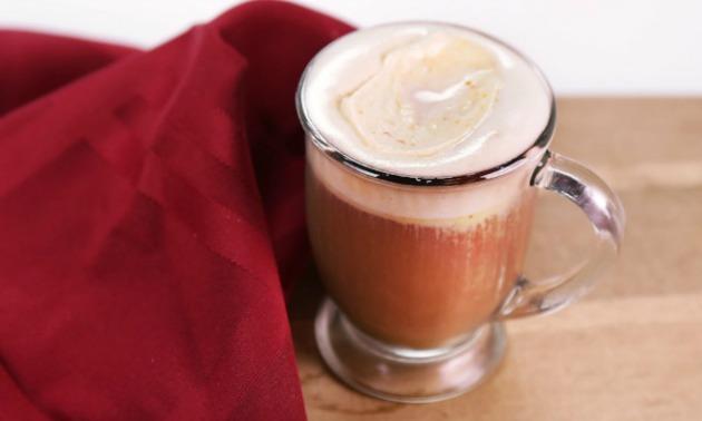 spiced-tea-with-pumpkin-whipped-cream_recipe_1000x400_1412124034862