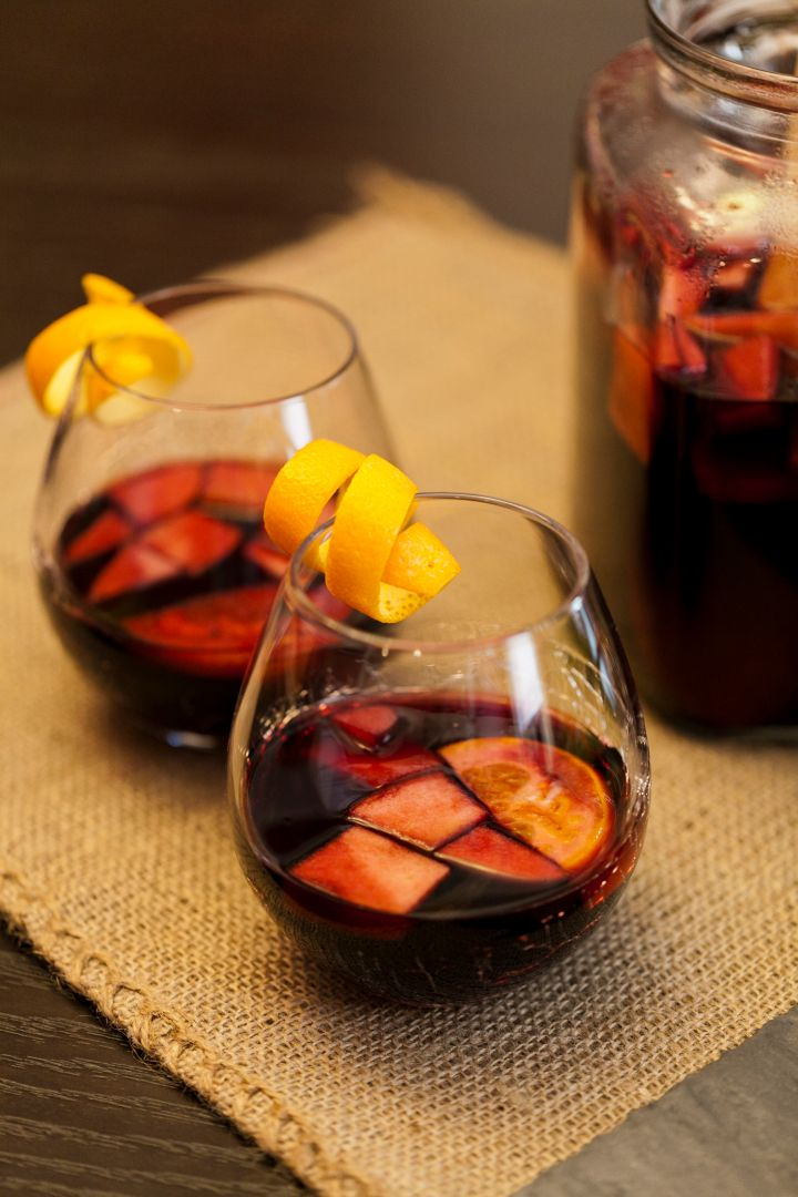 Pom-Blueberry Frosted Sangria