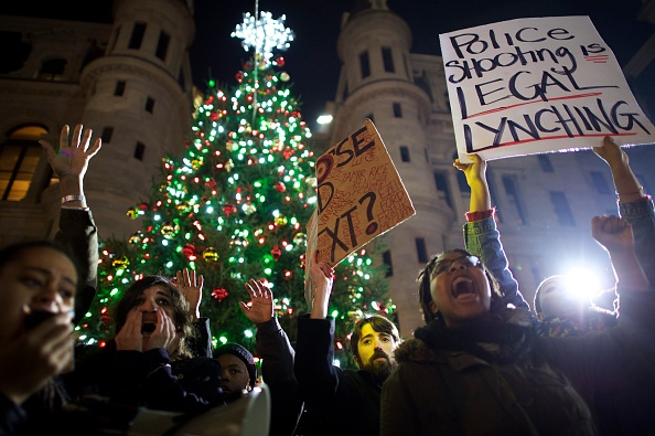 Christmas Tree Lighting Ceremony Attended By Protestors
