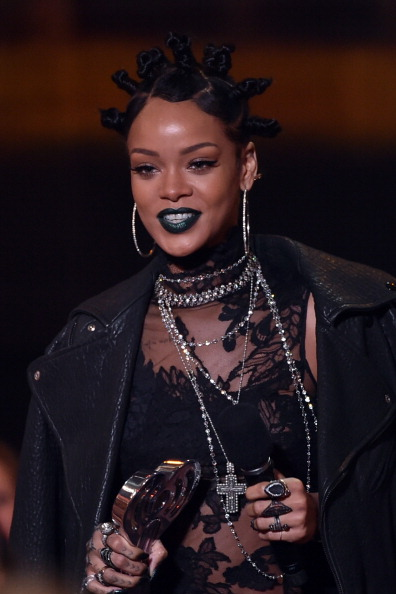 Rihanna at the 2014 iHeartRadio Music Awards
