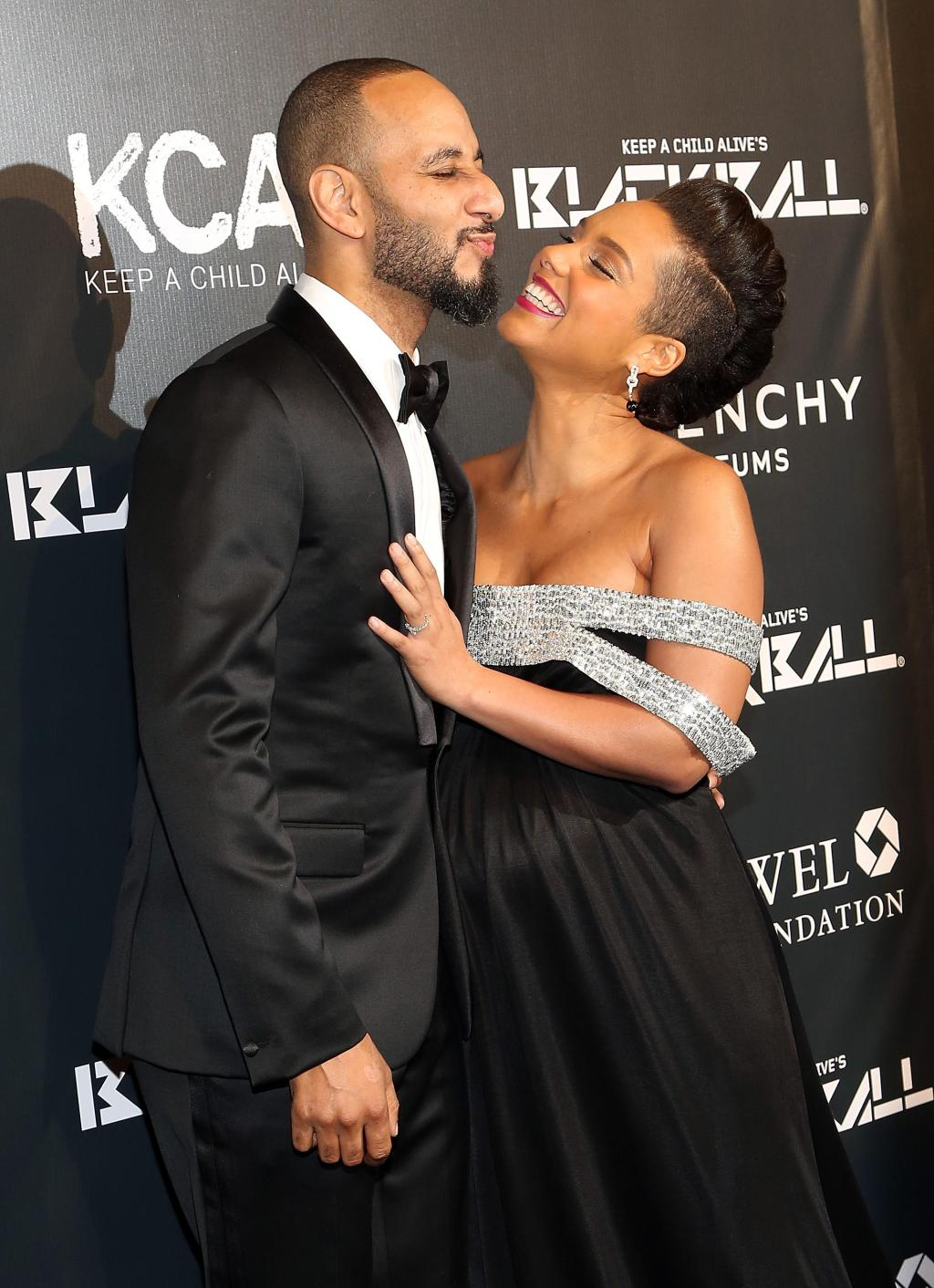 Pregnant Alicia Keys & Swizz Beatz attend Keep A Child Alive Black Ball