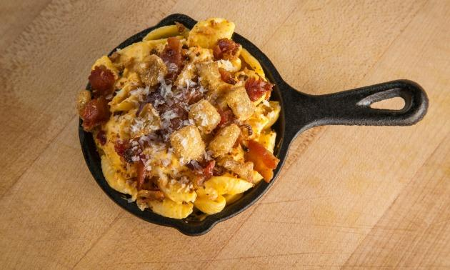 Mac & Cheese 2 Fat 2 Fly