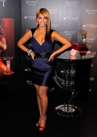 Beyonce Launches Her Fragrance ''Heat'' At Macy's Herald Square