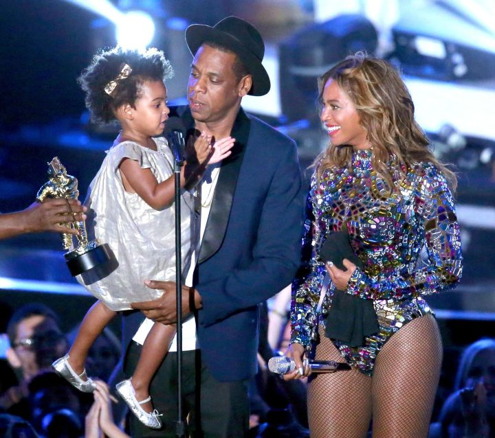 Blue Is Already A Pro Onstage