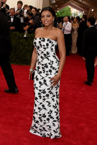 Celebrities arrive at the Met Gala 2015