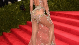 Celebrities arrive to the 2015 Met Gala