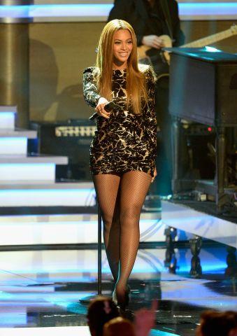 Beyonce Stevie Performance