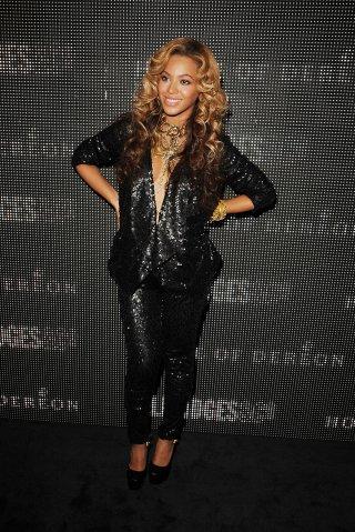 Beyonce Sparkles Pregnant