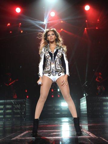 Beyonce Mrs. Carter Show