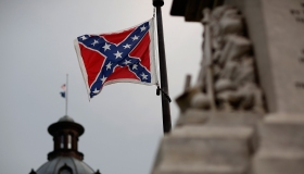 Calls For Removal Of Confederate Flag Outside SC Statehouse Grow In Wake Of Race-Fueled Charleston Church Shooting