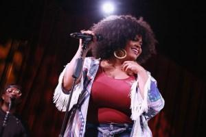 Jill Scott WOMAN Album Preview & Live Performance