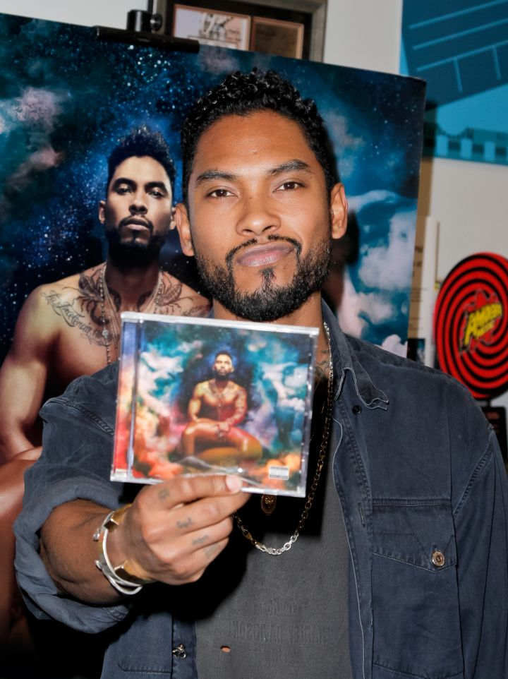 """Miguel Signs His New CD """"Wildheart"""""""