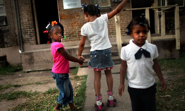 New Orleans Residents Return to Housing Projects