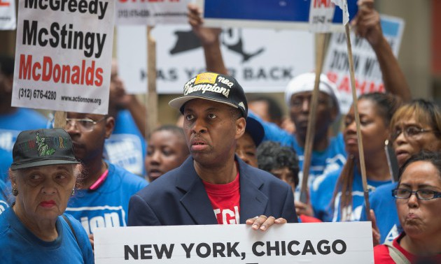 Chicago Fast Food Workers Rally For $15 Minimum Wage