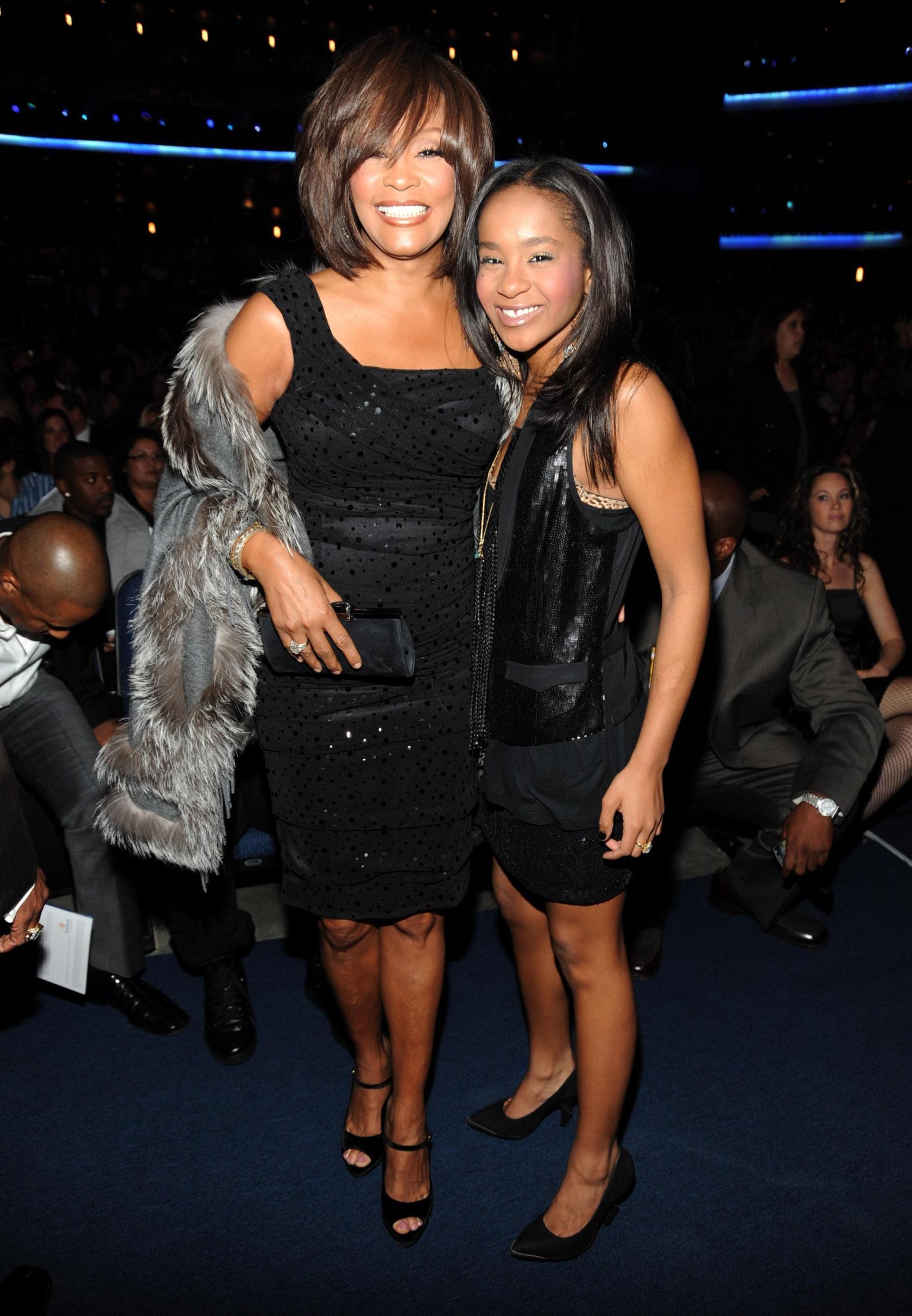 2009 American Music Awards - Roaming Inside