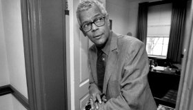 4/10/98 - Dr. Julian Bond during part of his teaching day at UVA. Bond is the newly elected Chairman