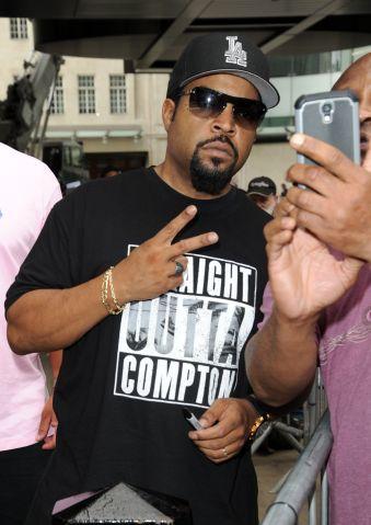 London Celebrity Sightings - August 21, 2015