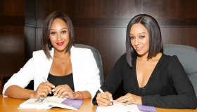 Tia Mowry And Tamera Mowry Book Signing For 'Twintuition'
