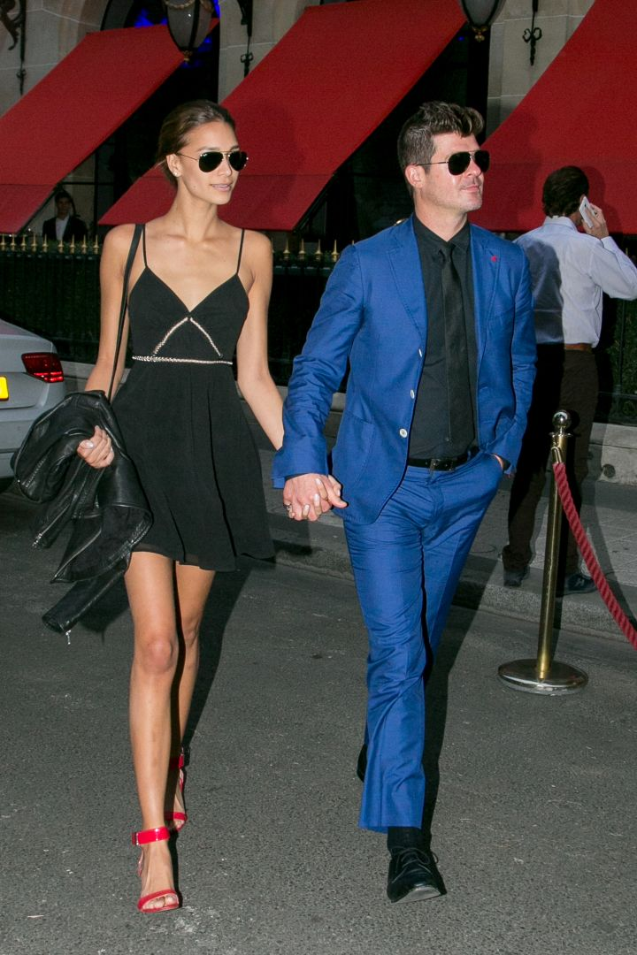 Singer Robin Thicke & Girlfriend April Love Geary