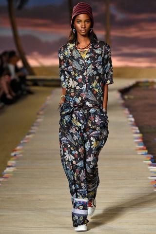 Tommy Hilfiger Women's - Runway - Spring 2016 New York Fashion Week