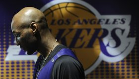 Lakers Lamar Odom walks to the locker room after pratcice at the Staples Center Friday.