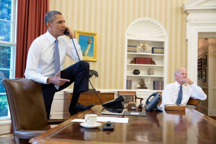 They Chill In The Oval Office