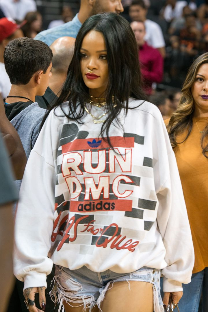 FAB FINDS: Show Some Personality in Cool Graphic Sweatshirts