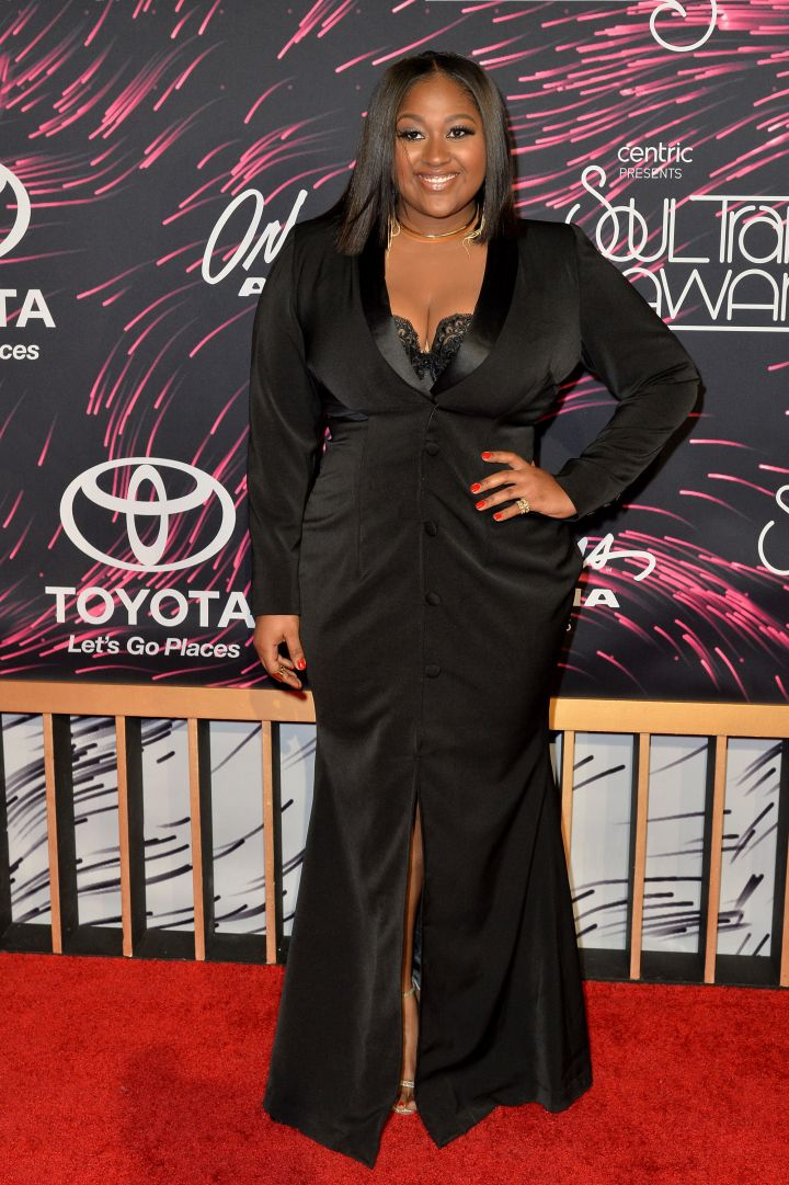 Jazmine Sullivan Looking Snatched in All Black