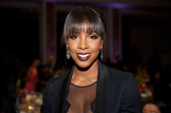 YWCA Hosts 13th Annual Rhapsody Gala - Inside