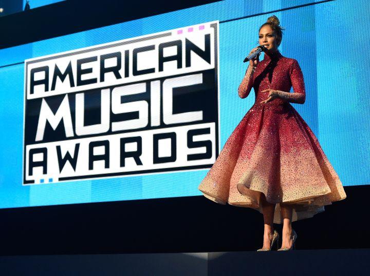 Jennifer Lopez Hosts The 2015 AMAs