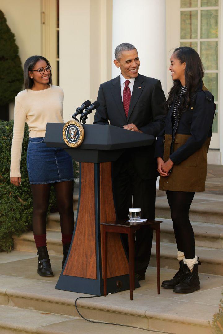 Sasha, Obama & Malia