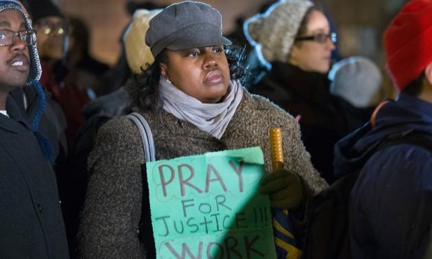 Prayer Vigil For Shooting Victim Laquan McDonald Held At Chicago Police HQ