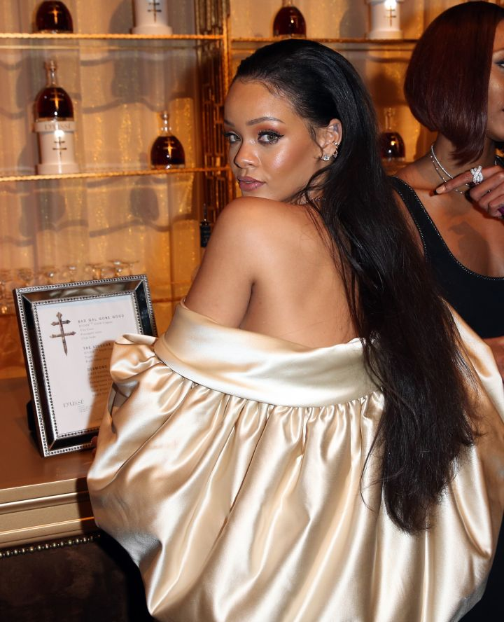 Rihanna Plays Peek-A-Boo