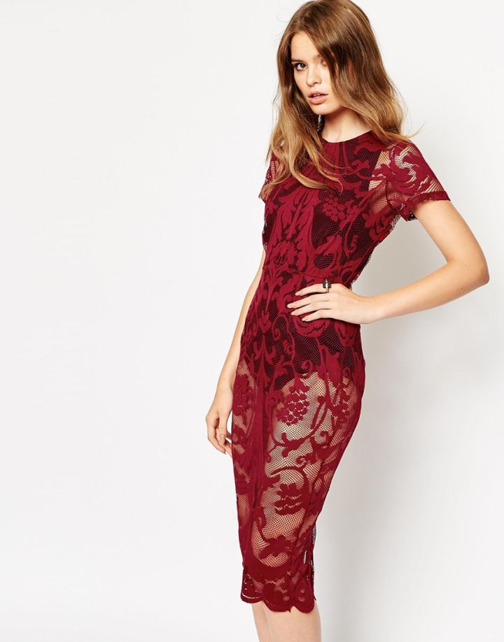 Lace Body-Conscious Dress
