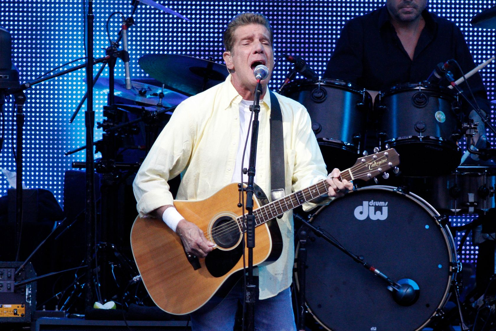 Eagles - Band, rock music, USA - Singer and Guitarist Glenn Frey performing in Berlin, Germany, Waldbuehne