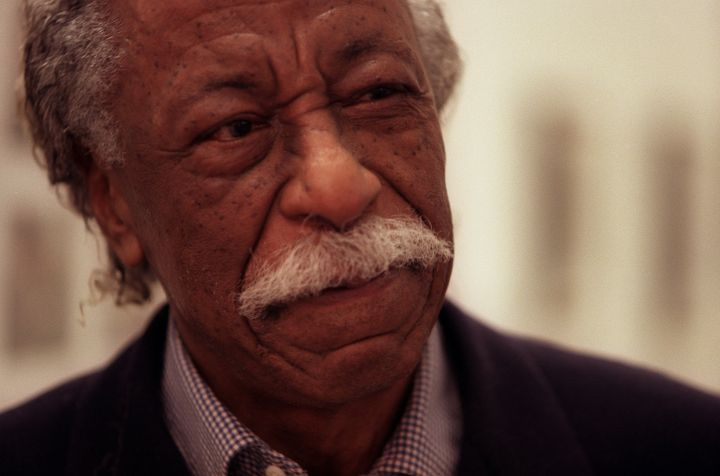 ME.Parks.2.0227.CW After visiting the Watts Center, the legendary Gordon Parks, 85, talks with the s