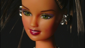 Barbie Jewelry 2003 Collection To Be Sold By Auction To Benefit The French Red-Cross. On December 11, 2003 In Paris, France